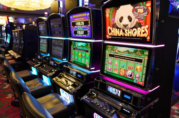 Become a skilled gambler and succeed in your casino game
